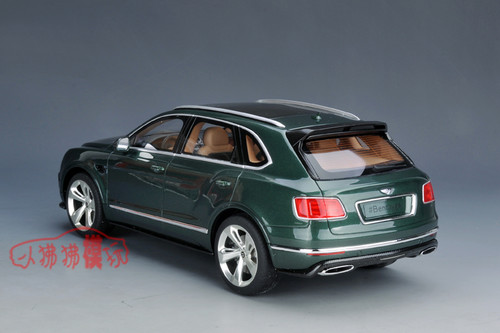 1/18 GT Spirit GTSpirit Bentley Bentayga (British Green) Resin Car Model Limited