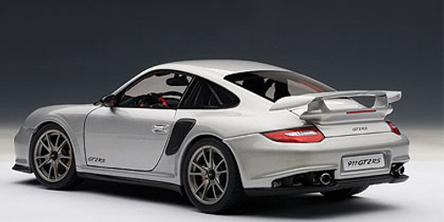 1/18 AUTOart PORSCHE 911(997) GT2 RS (SILVER) Diecast Car Model 77961