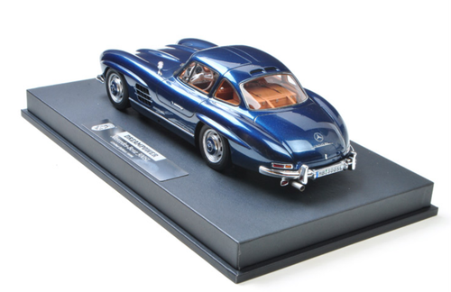 1/18 DreamPower Mercedes-Benz Mercedes MB 300 SL 300SL (Blue) Car Model Limited 98