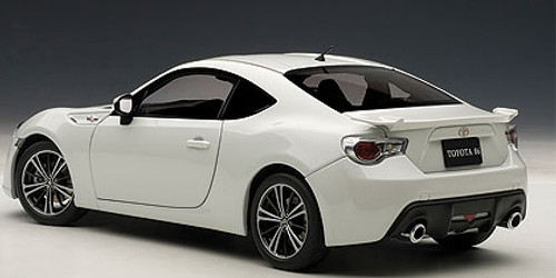 "1/18 AUTOart TOYOTA GT86 86 GT ""LIMITED"" (WHITE PEARL) Diecast Car Model 78773"