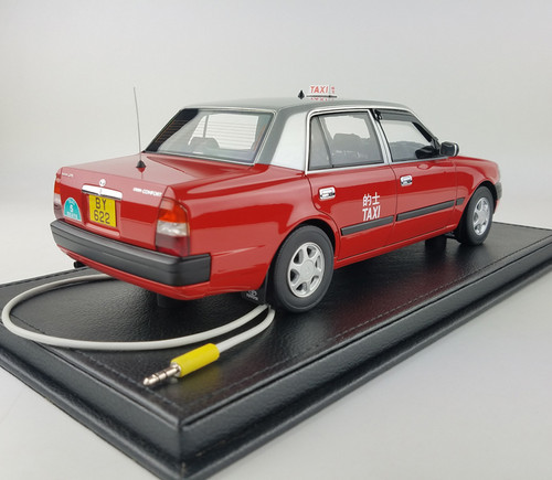 1/18 TINY Hong Kong Toyota Crown comfort urban taxi resin car model w/ lights