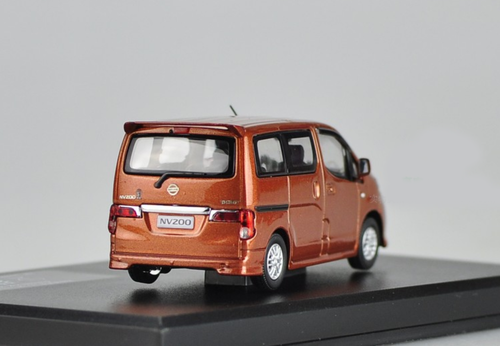 1/43 Dealer Edition Nissan NV200 (Orange) Diecast Car Model