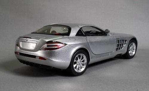 RARE 1/18 CMC Mercedes-Benz Mercedes MB 2003 SLR (Silver) Diecast Car Model