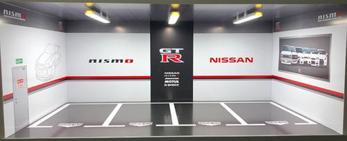 1/18 Nissan GTR GT-R Theme 4 Car Garage Parking White Scene w/ Lights (car model not included)