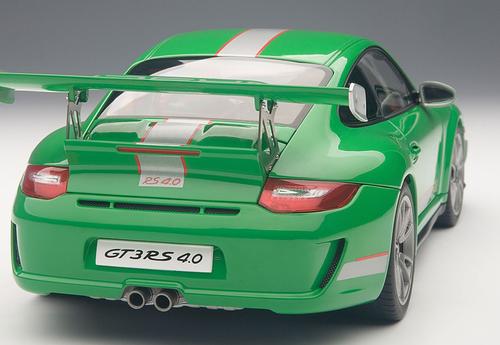 1/18 AUTOart PORSCHE 911(997) GT3 RS 4.0 (GREEN) Diecast Car Model 78149