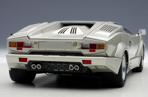 1/18 AUTOart LAMBORGHINI COUNTACH 25th ANNIVERSARY EDITION (SILVER/THE LAST PRODUCED COUNTACH IN MUSEO LAMBORGHINI) Diecast Car Model 74536