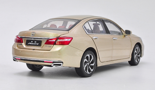 1/18 Dealer Edition Honda Accord (Champagne) 9th generation (2013-2017) Diecast Car Model