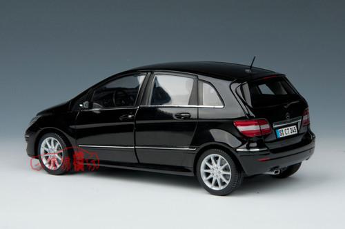 1/18 Dealer Edition Mercedes-Benz Mercedes B-Class B Class (Black) Diecast Car Model