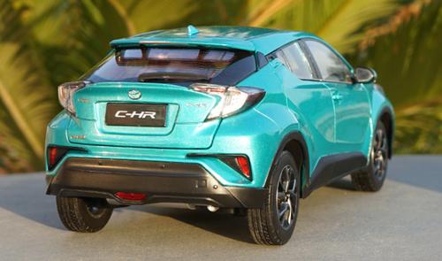 1/18 Dealer Edition Toyota C-HR CHR IZOA (Blue w/ Blue Roof) Diecast Model