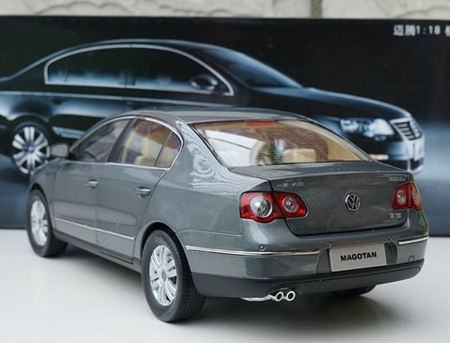 1/18 Dealer Edition B6 and B7 (Typ 3C; 2005–2015) Volkswagen VW Passat / Magotan (Grey) Diecast Car Model