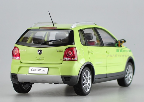 1/18 Dealer Edition Volkswagen VW Cross Polo CrossPolo (Yellow / Green) Diecast Car Model