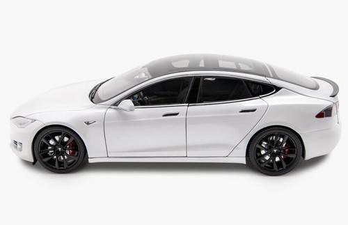 RARE 1/18 Dealer Edition Tesla Model S P100D (White) Diecast Car Model