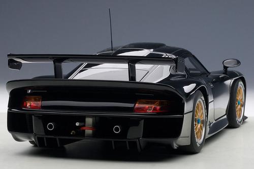 1/18 AUTOart 1997 PORSCHE 911 GT1 PLAIN BODY VERSION (BLACK) Diecast Car Model 89770