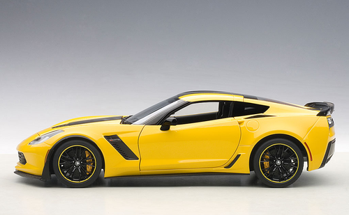 1/18 AUTOart CHEVROLET CHEVY CORVETTE C7 Z06 C7R EDITION (CORVETTE RACING YELLOW) Diecast Car Model 71260