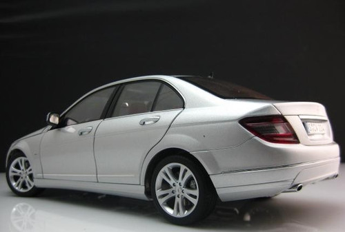 1/18 Dealer Edition Mercedes-Benz C-Class C-Klasse (Silver) Diecast Car Model