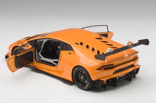 1/18 AUTOart 2015 LAMBORGHINI HURACAN SUPER TROFEO (ARANCIO BOREALIS / ORANGE PEARL) Diecast Car Model 81558