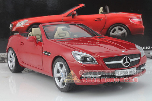 1/18 Minichamps Mercedes-Benz SLK-Class/SLK-Klasse Convertible (Red)
