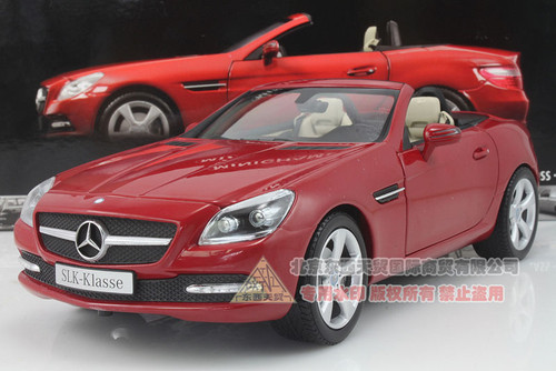 1/18 Minichamps 2011 Mercedes-Benz SLK-Class / SLK-Klasse Convertible (Red)