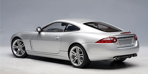 1/18 AUTOart JAGUAR XKR COUPE - LIQUID SILVER Diecast Car Model 73633