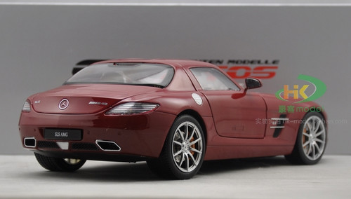 1/18 GTAutos Mercedes-Benz SLS AMG (Red) Diecast Car Model