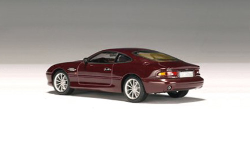 1/43 AUTOart Aston Martin DB7 Vantage Red Diecast Car Model 50202
