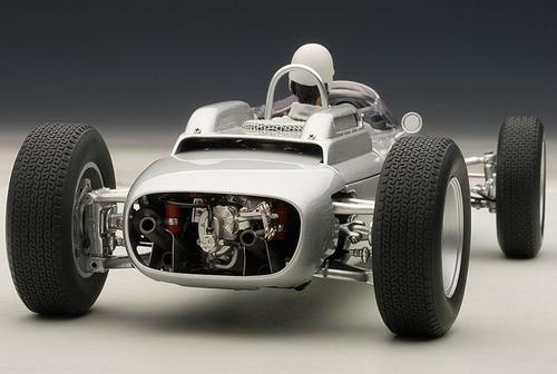 1/18 AUTOart 1/18 PORSCHE 804 FORMULA 1 1962 #8 JO BONNIER NüRBURGRING 1962 (W/ DRIVER FIGURINE FITTED) Limited 1000 Pieces Diecast Car Model 86274