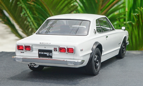 1/18 Triple9 Triple 9 Collection Nissan SKYLINE GTR GT-R KPGC10 (White) Diecast Car Model