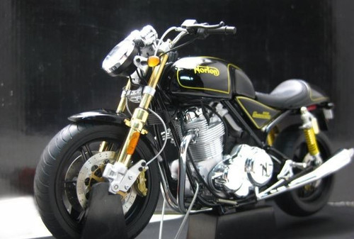 1/12 AUTOart NORTON 952 COMMANDO Diecast Car Model