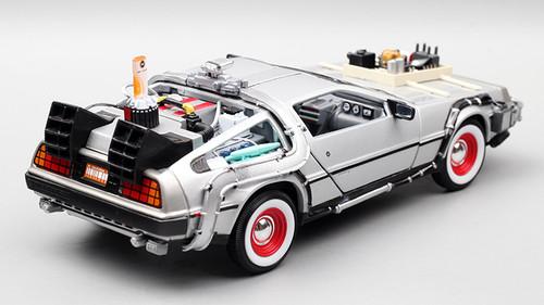 1/24 Welly DeLorean DMC-12 DMC12 Back To The Future Part 3 Diecast Car Model