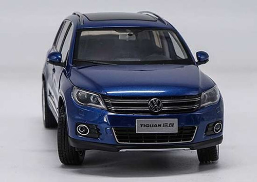 1/18 Dealer Edition 2012 Volkswagen VW Tiguan (Blue) Diecast Car Model