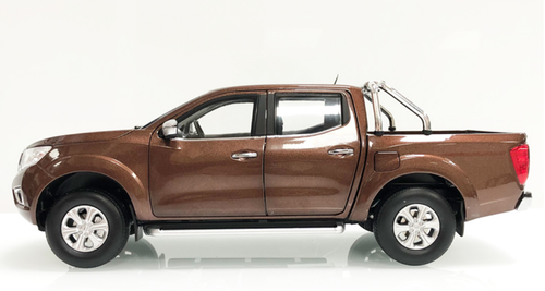 1/18 Dealer Edition Nissan Frontier / Navara Pickup Truck (Brown) Diecast Car Model