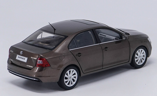 1/18 Dealer Edition 2018 SKODA RAPID SEDAN (Brown) Diecast Car Model