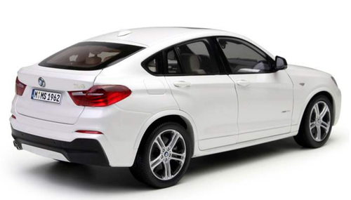 1/18 Paragon BMW X4 F26 (2014–2018) (White) Diecast Car Model