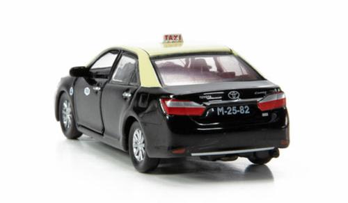 Tiny City 2014 Toyota Camry Macau Taxi Diecast Car Model