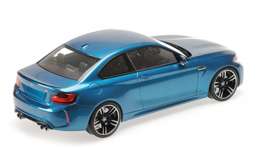 1/18 Minichamps BMW F87 M2 (Long Beach Blue) Enclosed Car Model