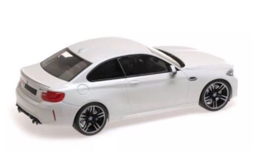1/18 Minichamps BMW F87 M2 (White) Enclosed Car Model