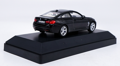 1/43 Dealer Edition BMW F32 4 Series Coupe (Black) Diecast Car Model