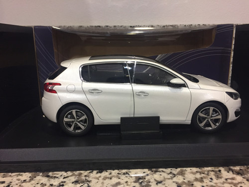 Defect 1/18 Dealer Edition Peugeot 308S 308 (White) Diecast Car Model