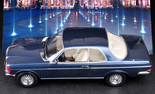 1/18 Dealer Edition Mercedes-Benz Mercedes 280CE 280 CE (Blue) Enclosed Diecast Car Model