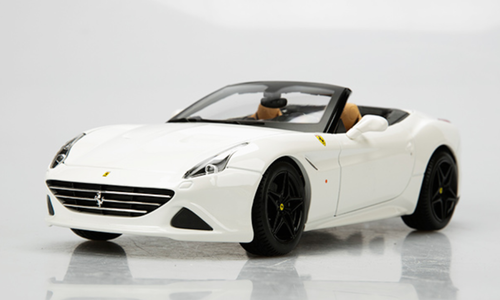 1/18 BBurago Signature Series Ferrari California T Convertible (White) Diecast Car Model