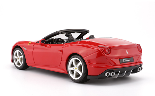 1/18 BBurago Ferrari California T Convertible (Red) Diecast Car Model