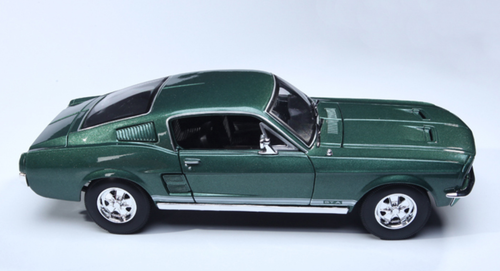 1/18 Maisto 1967 Mustang GT GTA (Green) Diecast Car Model