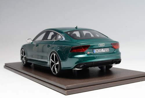 1/18 Motorhelix Audi RS7 (British Green) Resin Car Model Limited 50