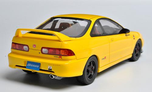 1/18 OTTO Honda Integra Type R (DC2) Resin Car Model