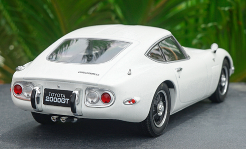 1/18 Triple 9 Triple9 Toyota 2000GT 2000 GT (White) Diecast Car Model