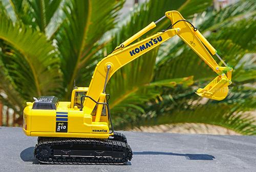 1/50 Komatsu PC210-10 Excavator Diecast Model