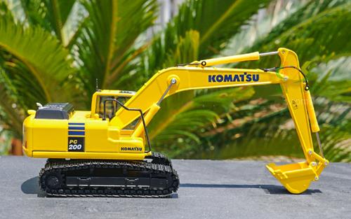 1/50 Komatsu PC200LC-10 Excavator Diecast Model