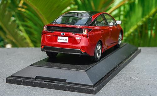 1/30 Dealer Edition Toyota Prius 4th Generation (XW50; 2015-present) (Red) Diecast Car Model