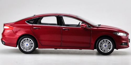 1/18 Dealer Edition Ford Fusion / Mondeo (Red) Diecast Car Model