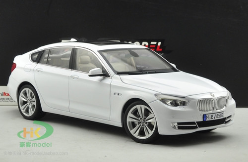 1/18 Dealer Edition BMW 5 Series GT (White) Diecast Car Model
